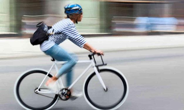 Pas på hovedet, når du cykler på arbejde eller motionerer