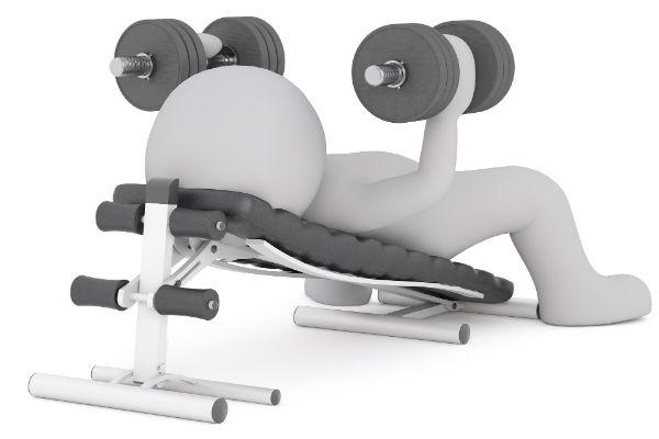 brug en Kettler træningsbænk til motionscentret