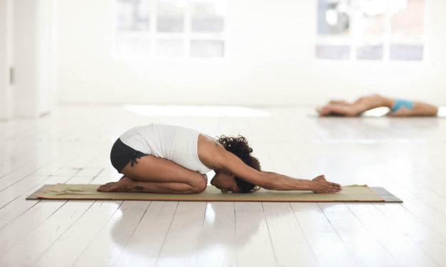 Hvad sker der i kroppen når du dyrker yoga?