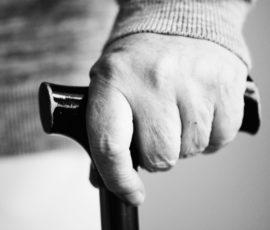 køb en sammenklappelig stok til ældre