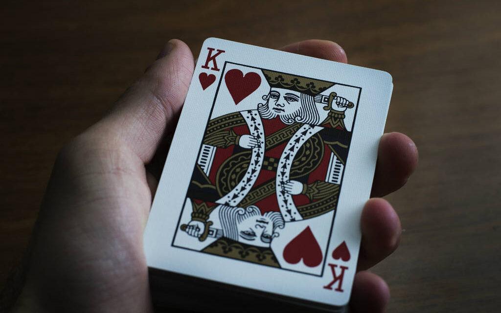 Spillekortholder – 4 spillekortholdere velegnet til seniorer