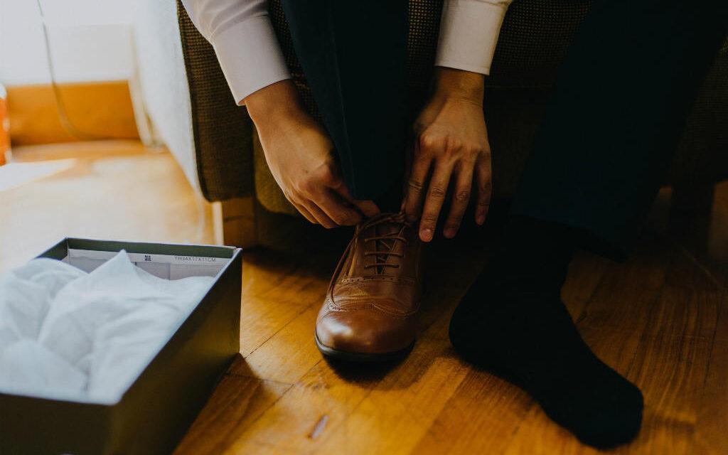 Skohorn til ældre (2019) – 5 gode skohorn der kan hjælpe dig