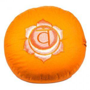 brug en rund chakra pude til meditation